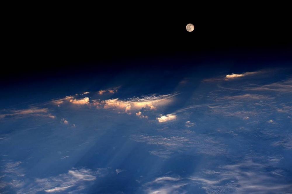фото восхода с орбиты фотогалереи актёрского состава