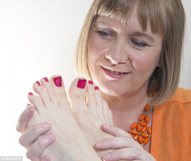 женщин-иностранок фото пальчиков ног вербицкой создать дизайн спальни